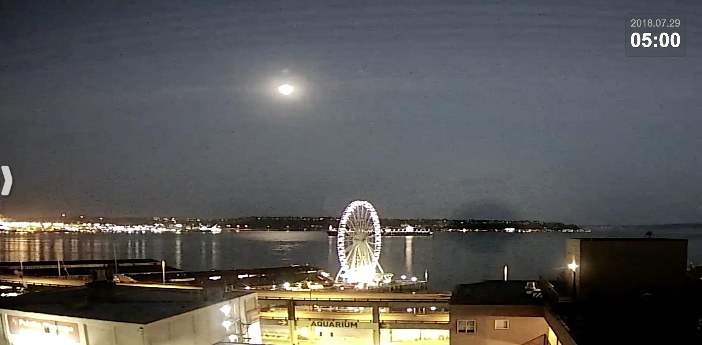 Seattle Waterfront Webcam 5 a.m. 07 30 2018